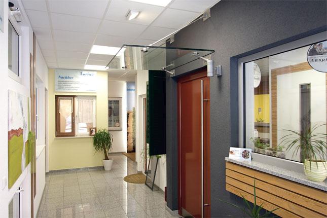 Ausstellung der Fenster & Türen