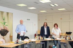 Mitarbeiter Firma Schaefer Markdorf beim Telefonseminar